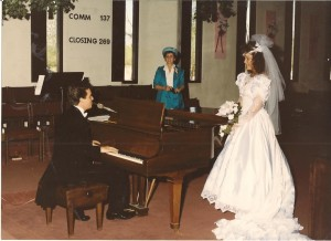 Den singing to Lisa at Wedding 001